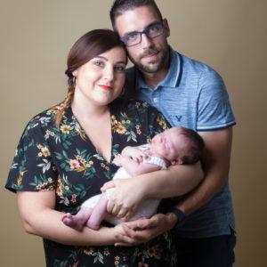 Séance Photo Nouveau-né avec sa famille